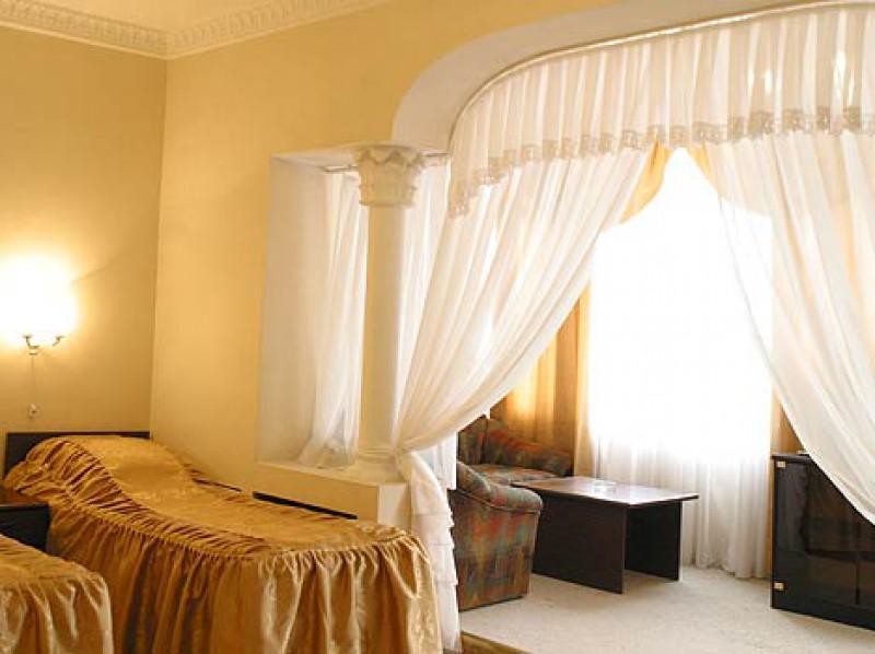 camera d'albergo sul mare
