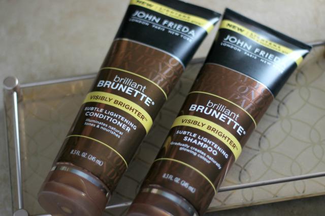 osvjetljavajući tonirani šampon