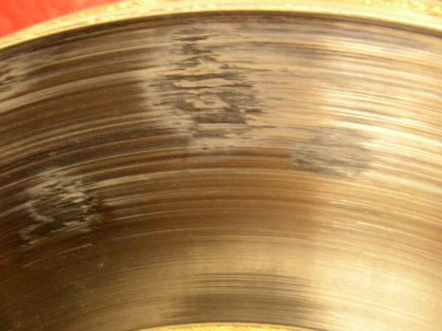 disco del freno riscaldato dopo la sostituzione della causa delle pastiglie