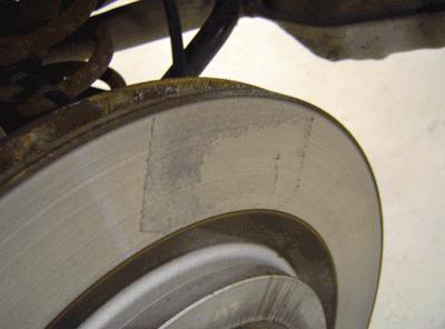 dischi freno posteriori riscaldati dopo aver sostituito i pad