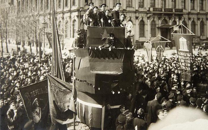 L'avvento dei bolscevichi per il potere breve