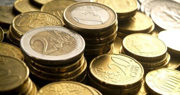 concetto di tasse e segni di raccolta