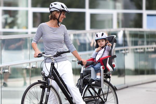 dječje biciklističko sjedalo na okviru