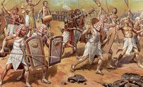 Prvi glavni grad Egipatskog kraljevstva bio je grad Memphis.
