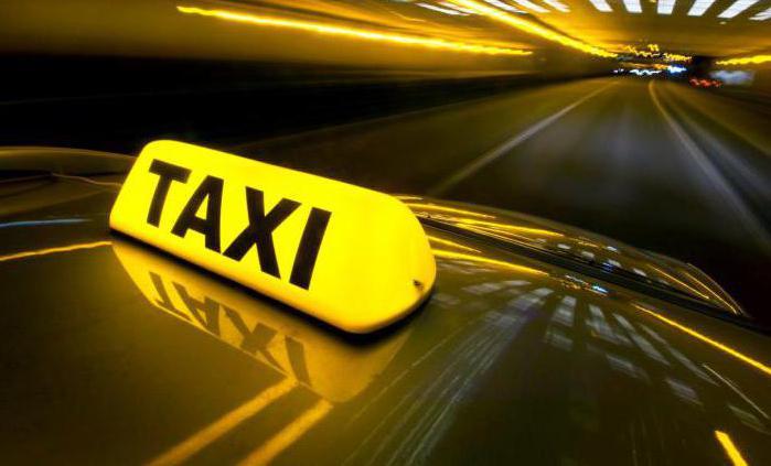 Prelievo di denaro in taxi