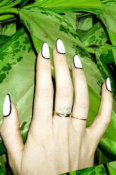come costruire unghie sulle forme