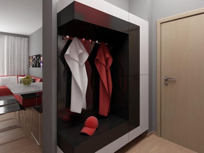 interno di un piccolo corridoio nell'appartamento