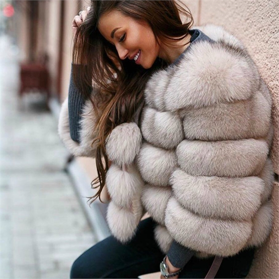 la pelliccia più costosa per una pelliccia