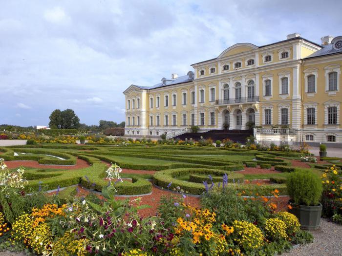 Замъци на Латвия