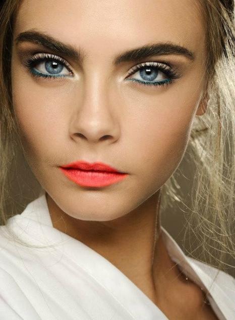 ден грим за сини очи
