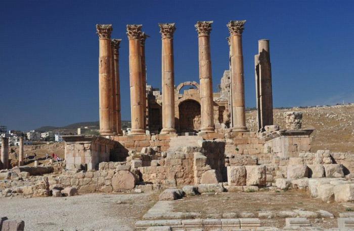 čudo svjetskog hrama Artemide u Efezu