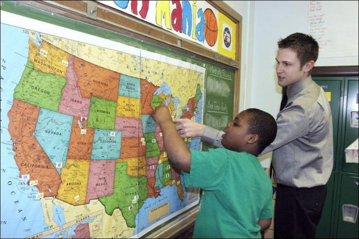 insegnante sociale a scuola