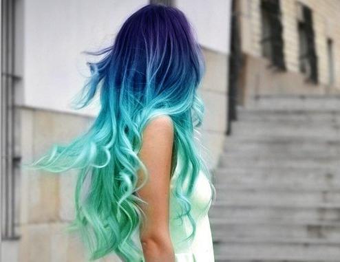 schiuma per capelli colorata