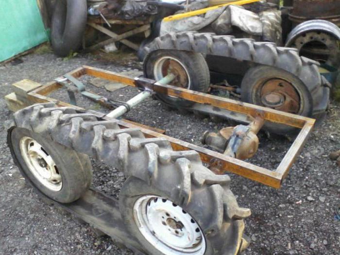 univerzální přívěs traktoru