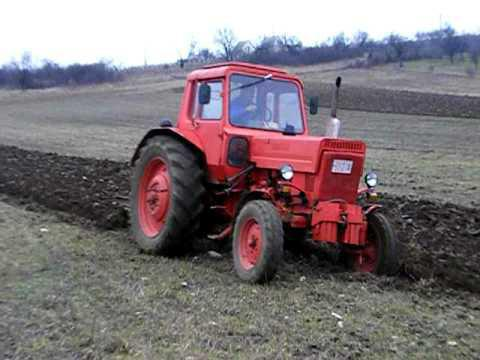 трактор МТЗ-80 двигател