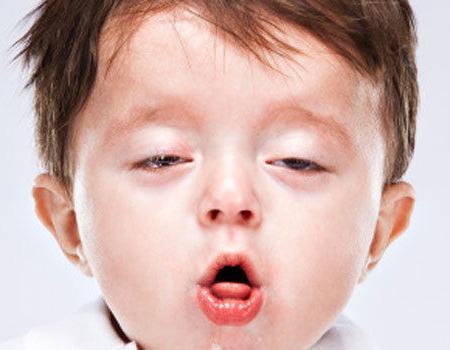 лечение на кашлица в гърлото