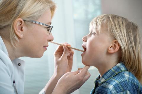 Лечение на гноен тонзилит народни средства