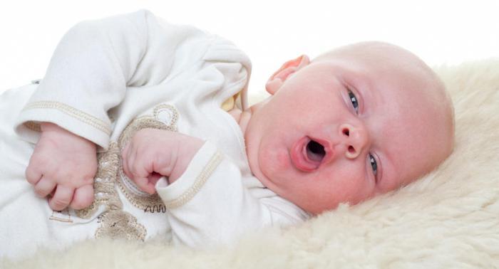 симптоми ларингитиса код деце