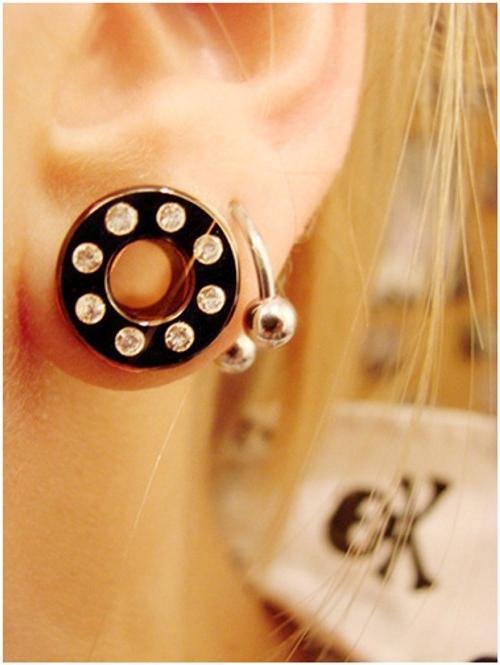 tunnel dell'orecchio