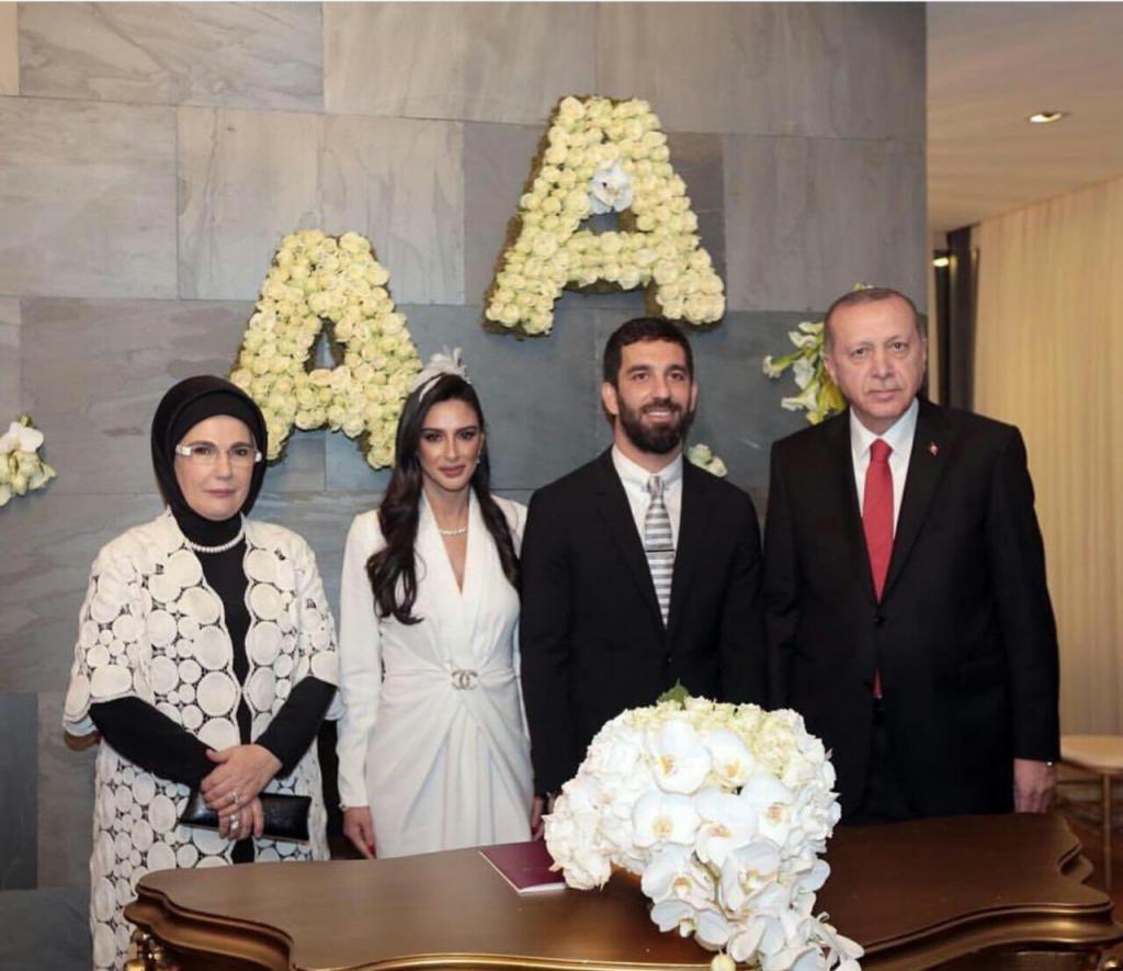 Il matrimonio di Arda Turan