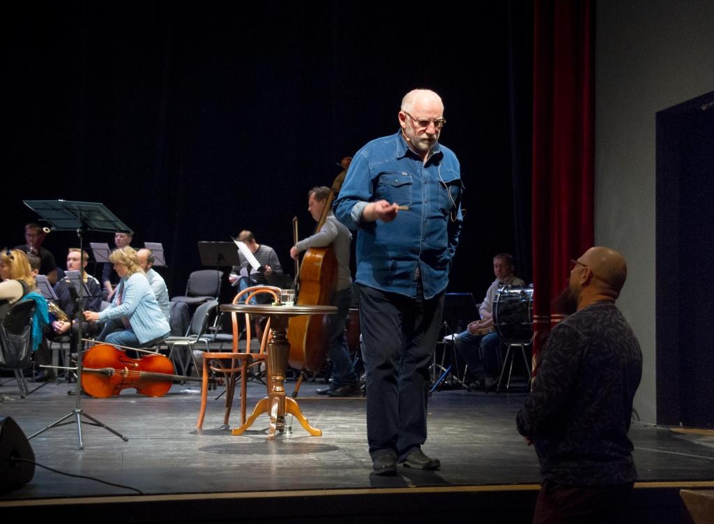 Валери Баринов в театъра