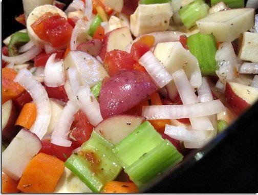 рецепт за вариво од поврћа у земљани лонац са кромпиром