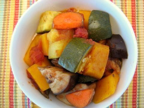 Рецепт за ражњић од поврћа са купусом у лаганом шпорету