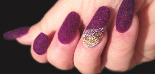 come fare una manicure di velluto