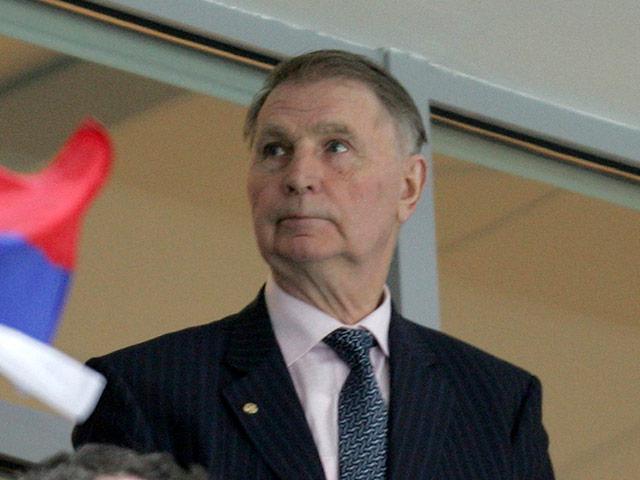 Giocatore di hockey Viktor Tikhonov