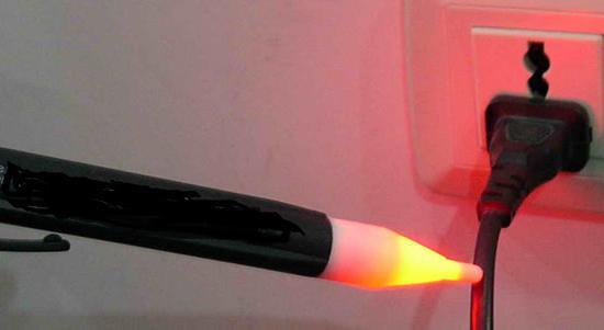Indicatore di tensione a LED