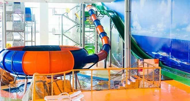 vodeni tobogani zabavnog parka