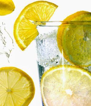 mršavljenje vodom s limunom