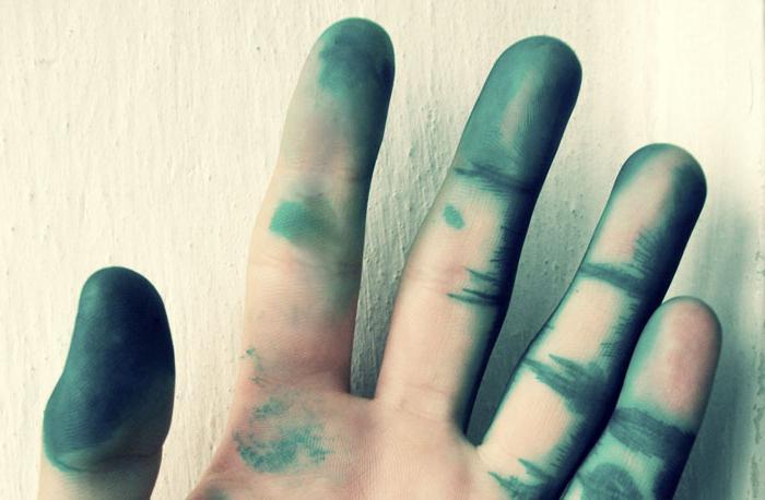 kako oprati briljantne zelene ruke