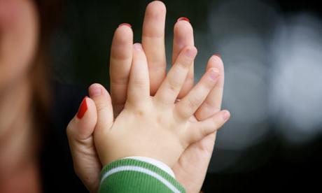 besplatno upoznavanje samohranih majki dating site za trkače uk