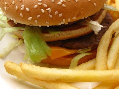 kaj živila izključiti, da izgubijo težo