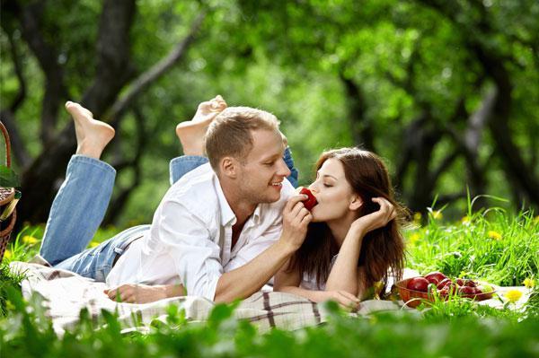 che danno un matrimonio in legno a suo marito