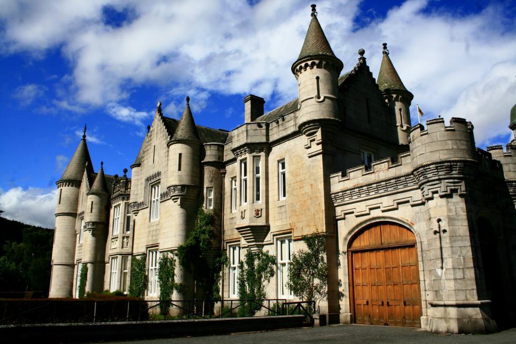 Портата е важна част от замъка