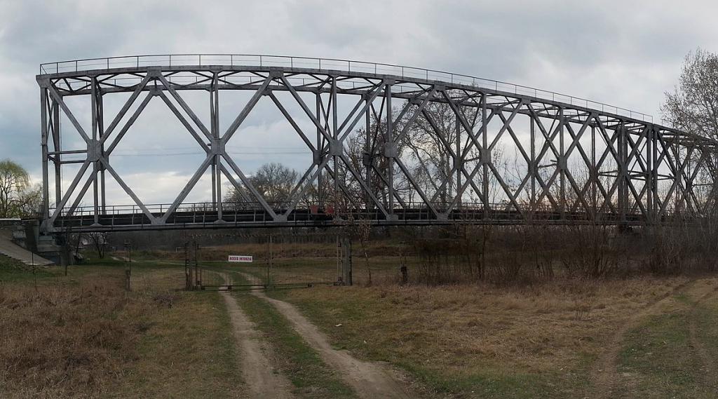 Most Eiffla na rzece Prut