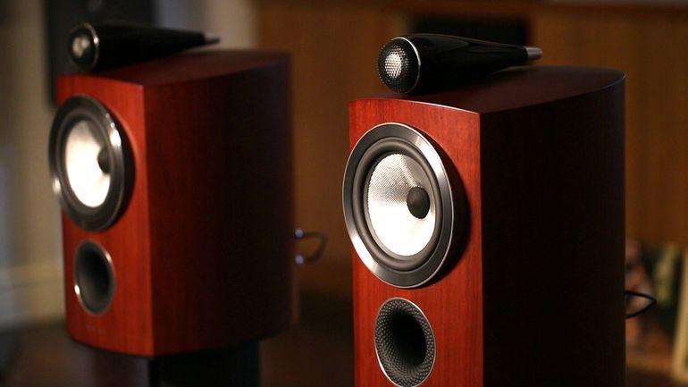 Come suoni il suono attraverso un altoparlante?