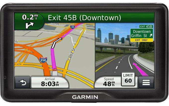 come scegliere un navigatore per un camion