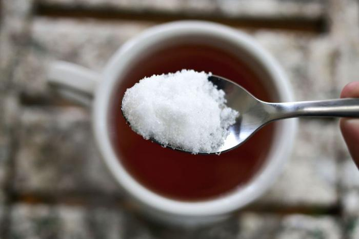 čaj s cukrovou kalorií