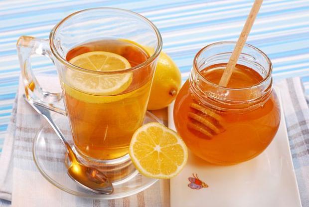 čaj s medovou kalorií