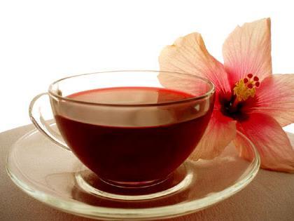 karkádový kalorický čaj