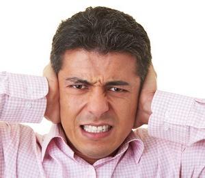 causa dell'orecchio