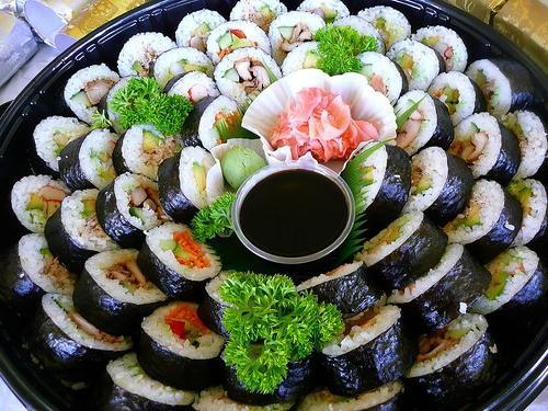 In che modo il sushi differisce dai panini?