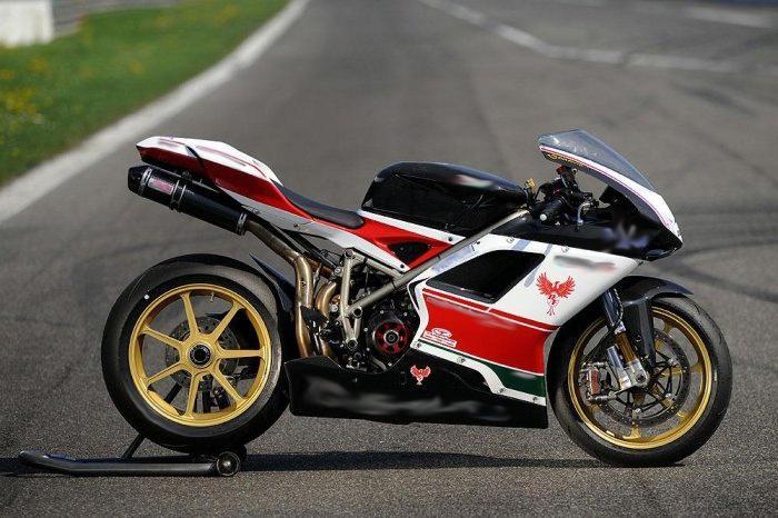 най-скъпият и най-бърз мотоциклет в света