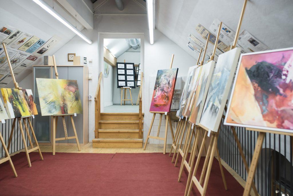 Nel giorno di apertura dipinti dipinti