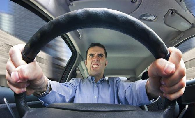 koliko je kazen za vožnjo brez osaga