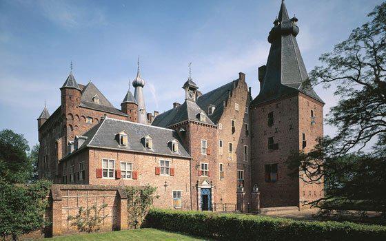 какъв език е историята в Холандия