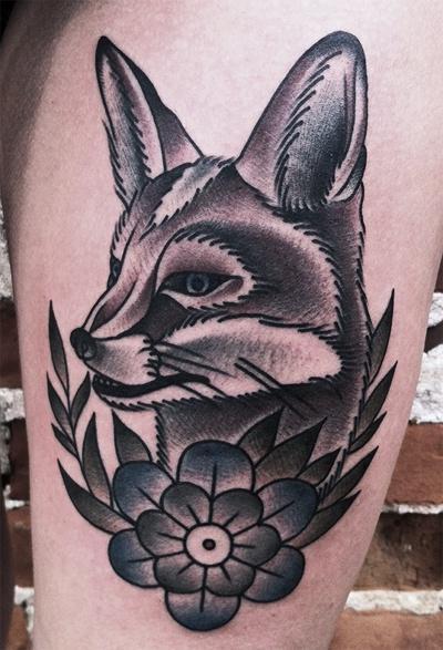 crna i bijela tetovaža